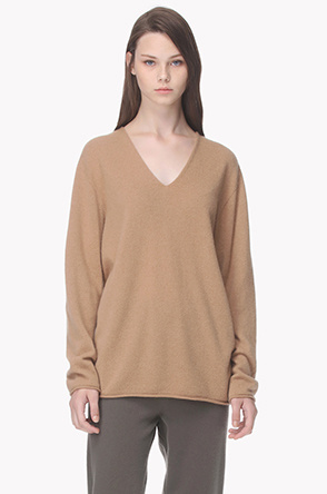 Cashmere V neck knit sweater