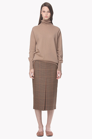 Front slit check pattern skirt