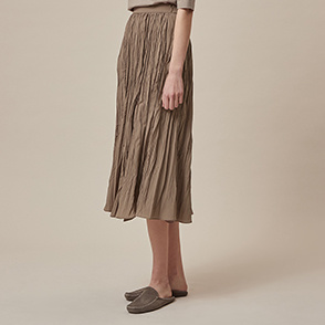 Crinkle pleats skirt