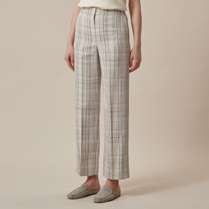 Check wide fit pants
