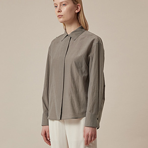 Round hem hidden button shirt