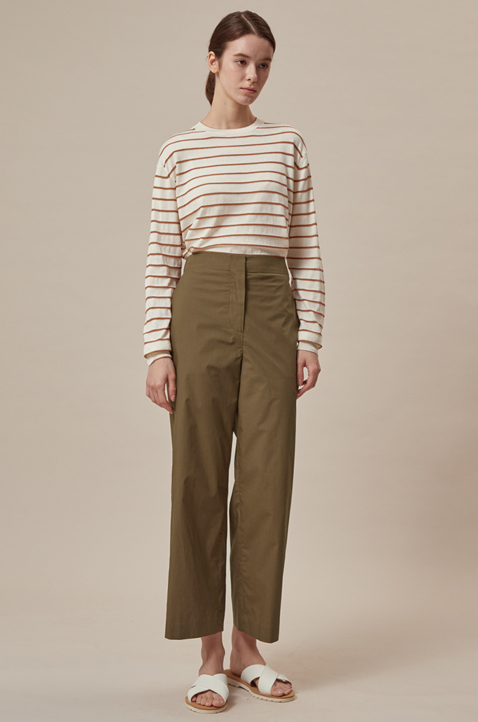 Back banding crop pants