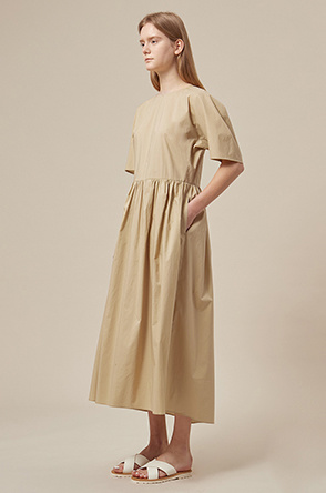 Dolman sleeve shirring dress