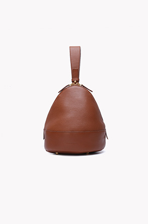 Pyramid handle bucket bag