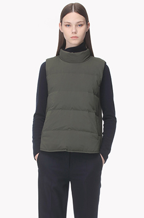 Side wool texture goose down vest