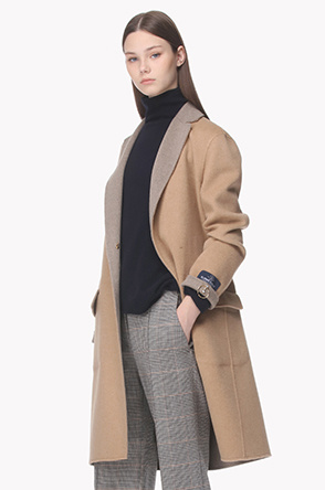 Cashmere circle pin coat