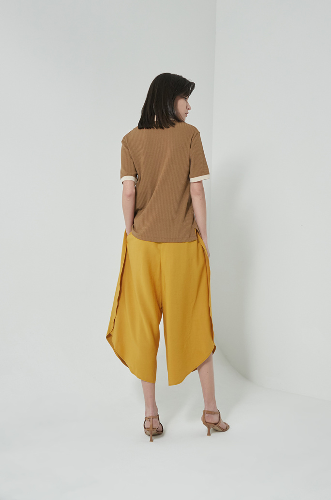 Open collar rib top