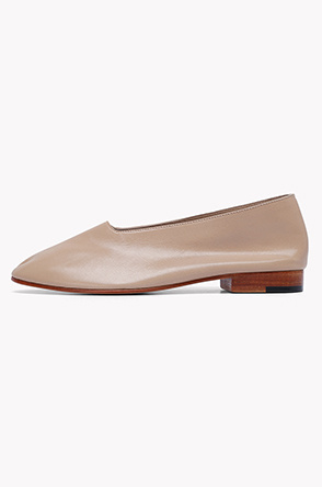 [MARTINIANO] Goatskin flat shoes