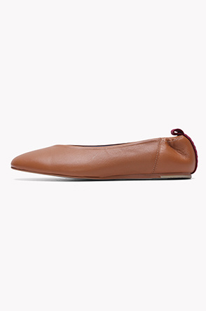 Lamb leather flat shoes