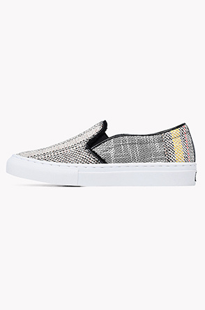 Multi basket weave fabric slip on