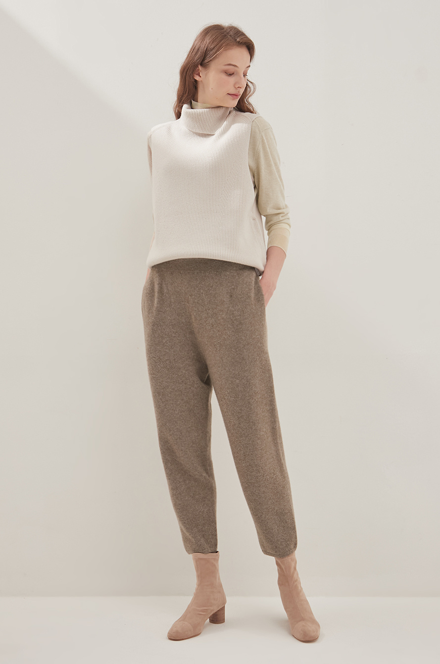 Crop knit pants