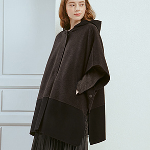 Detachable hood cape