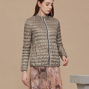 Shirring padding jumper