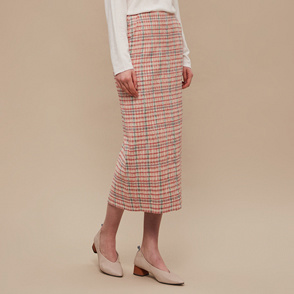 Slit hem check skirt