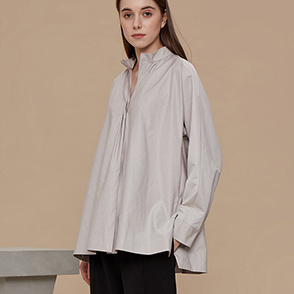Unbalanced hem shirt jumper