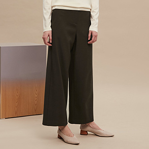 Back banding wool pants