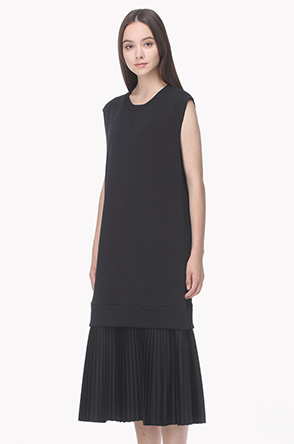 Pleat layered sweat T shirt dress