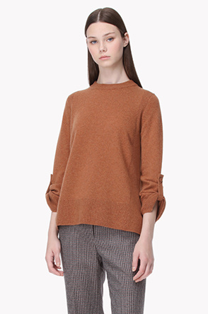 Sleeve strap button cashmere knit sweater