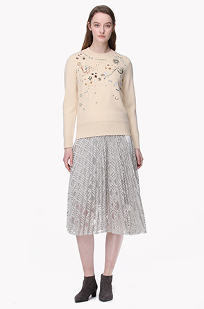 See through embroidery pleats skirt