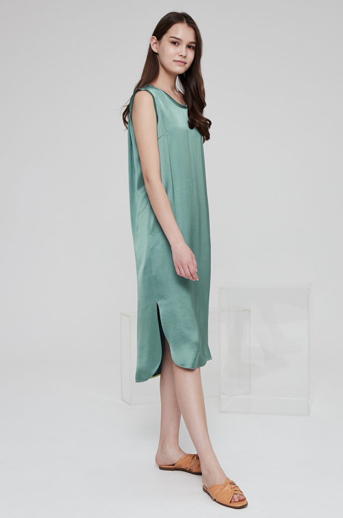 Slit hem dress