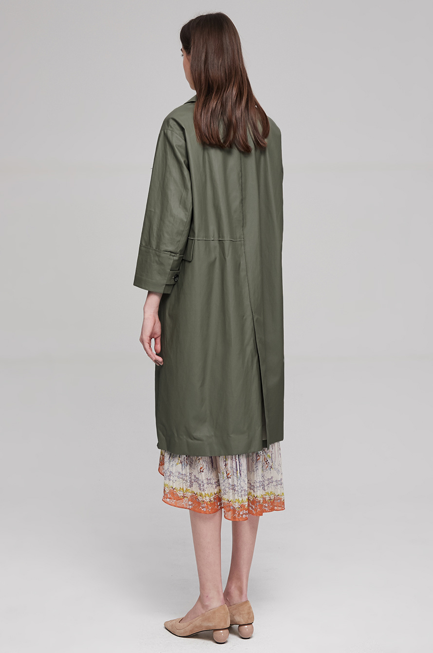 Side flap trench coat