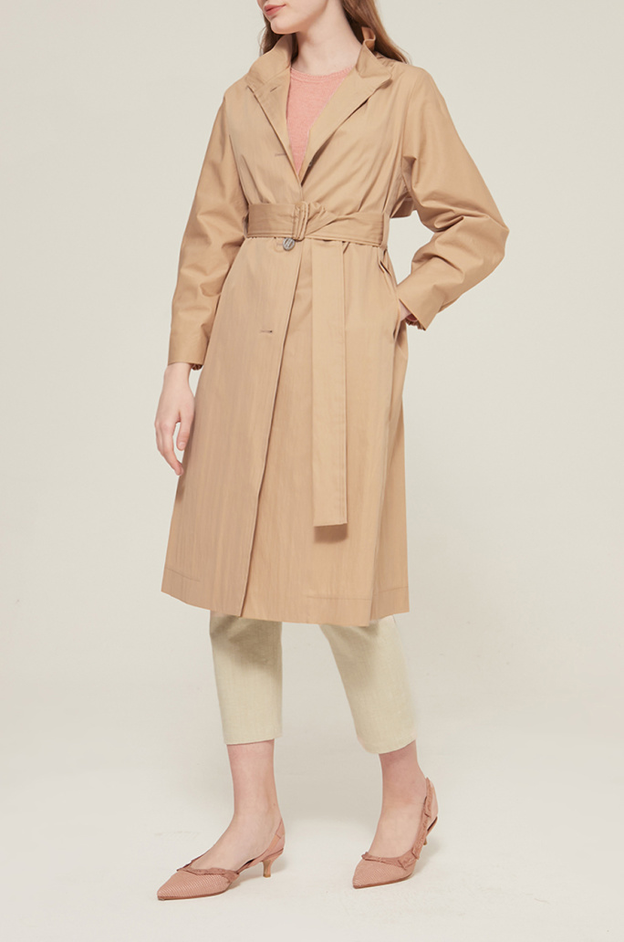 Back flap trench coat