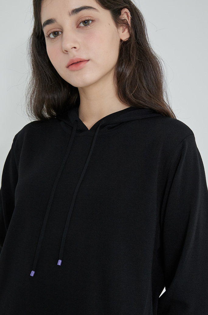 Embroidered patch hood knit top