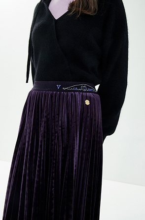 Velvet pleats skirt