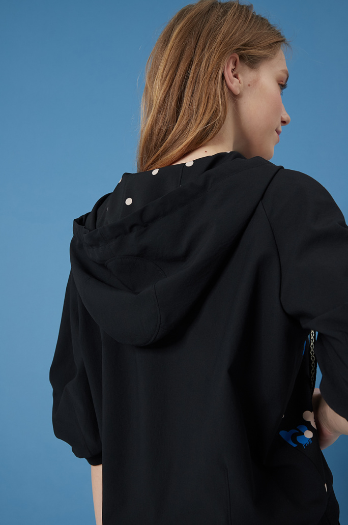 Unbalanced hem hood top