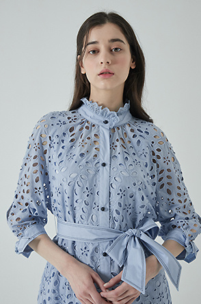 Belted punching lace dress