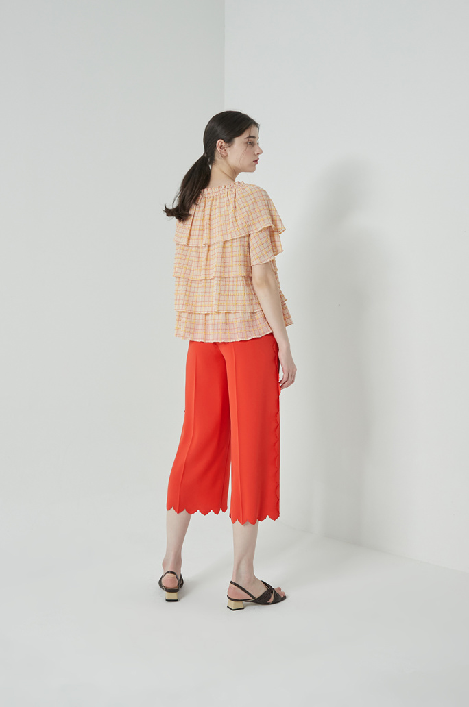 Tiered check top