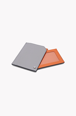 Spin card wallet