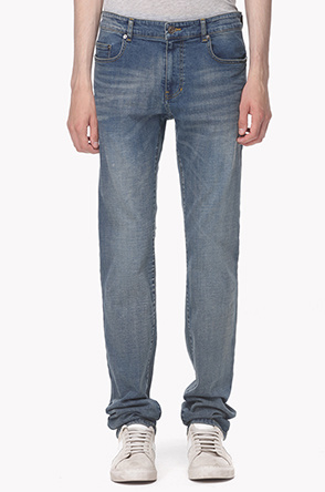 Slim fitted washed jeans