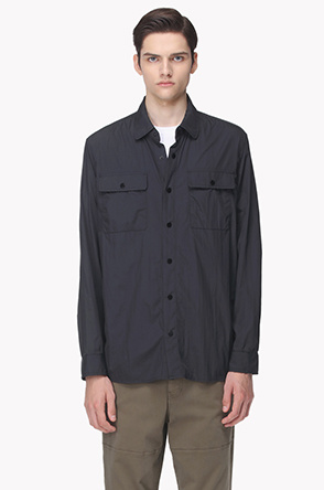 Flap pocket light shirt jumper