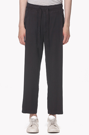 Side tuck loose fitted pants
