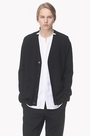 Neck notched point wool cardigan