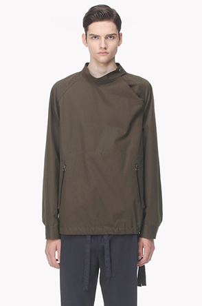 Button stand neck anorak T shirt
