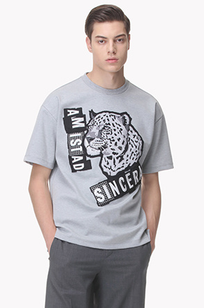 Leopard patch T shirt