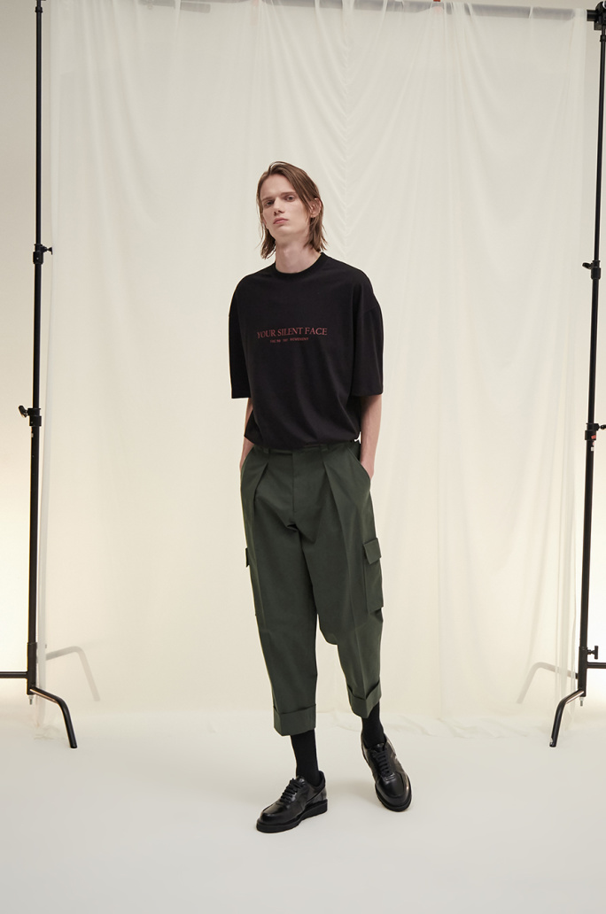 Turn-up cargo pants