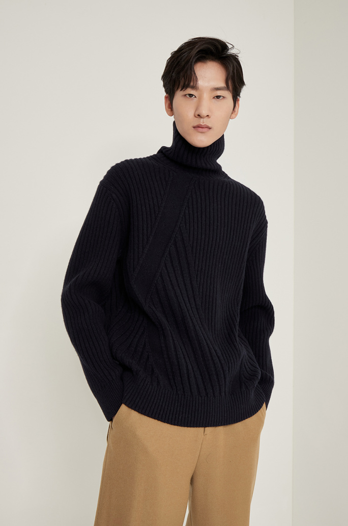 Turtleneck rib knit sweater