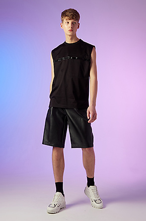 Texture line sleeveless t-shirt