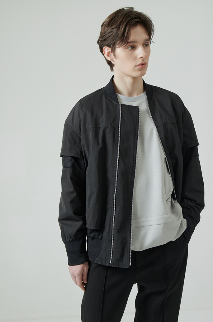 Zipper detail blouson