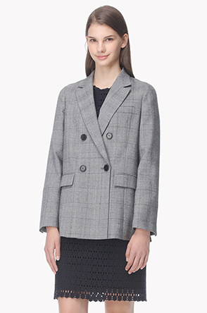 Buttonhole color point wool jacket