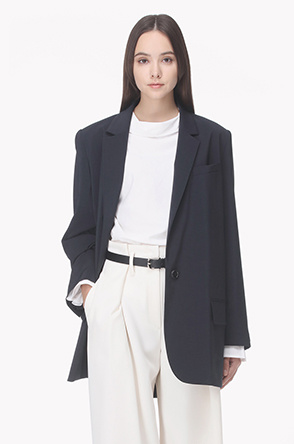 Hidden button loose fit jacket