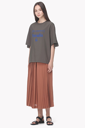 Deep slit pleated culottes