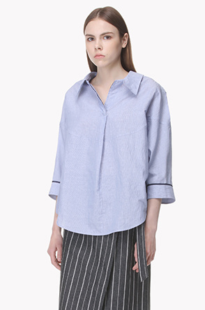 Micro striped batwing sleeve shirt