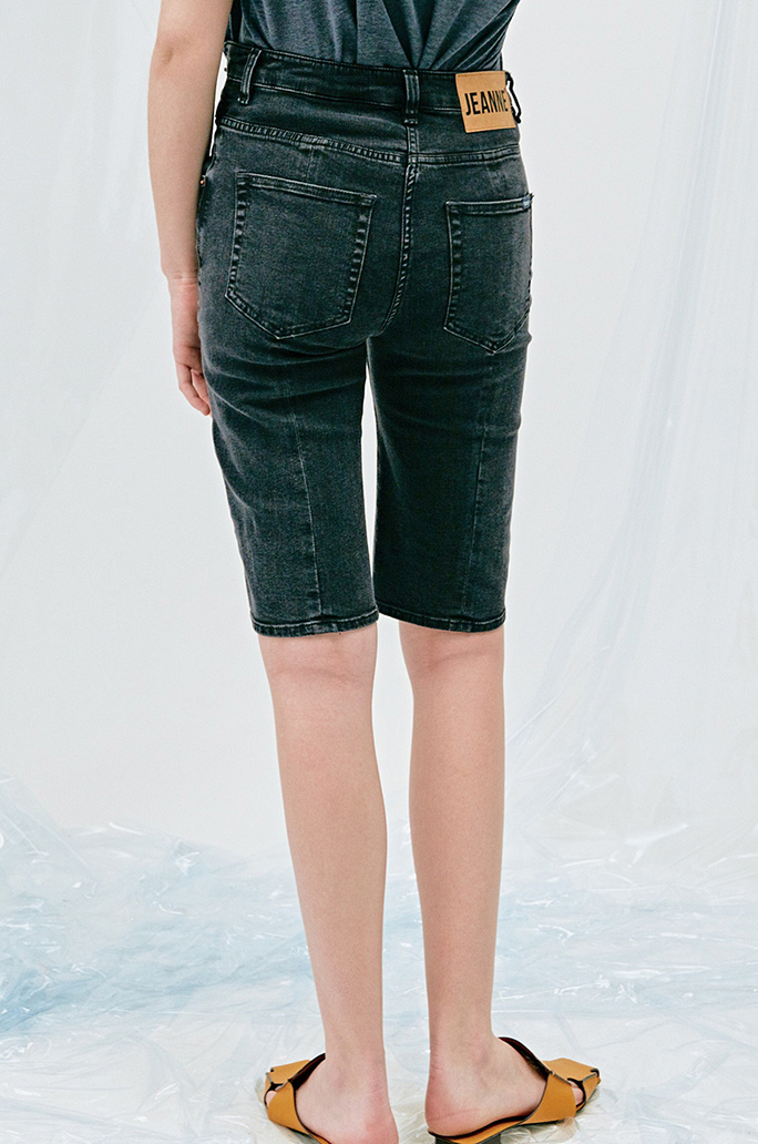 [SYSTEM2] 90'S MIDRISE FREE PLAY CUT OFF JEAN SHORTS