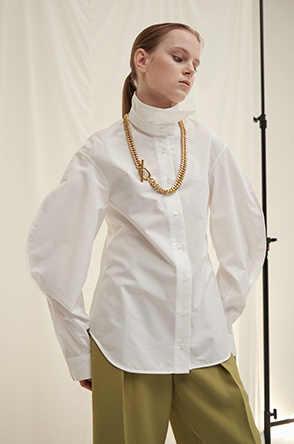 Two-way collar blouse