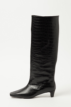 Crocodile long boots