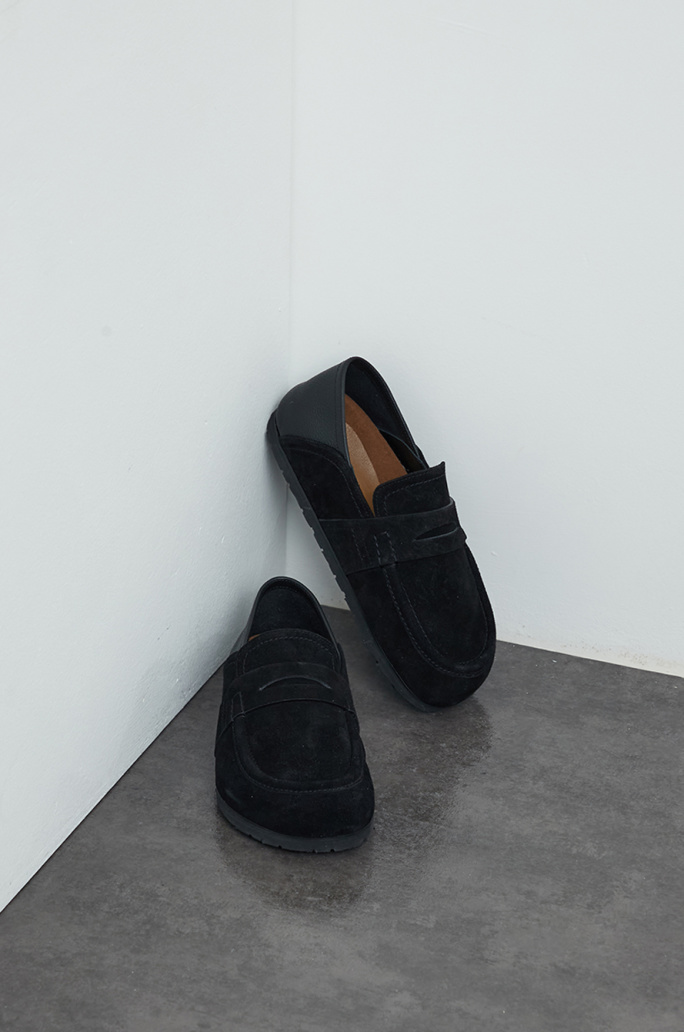 Two-way loafers